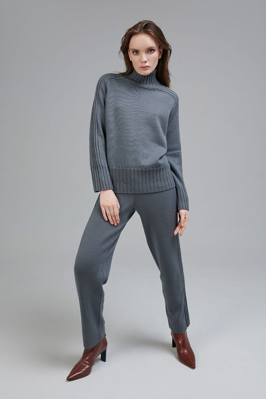 marinari-knitted-suit-18485