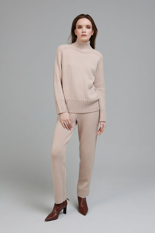 marinari-knitted-suit-8360